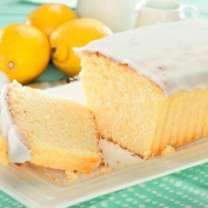 Budín de limón con glaseado blanco