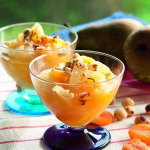 compota de pera, damascos y avellanas