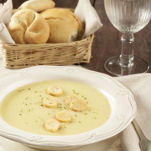 sopa crema de papa y cebolla