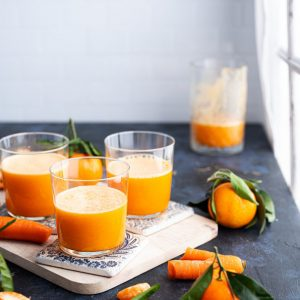 Spicy_clementine_and_carrot_juice_ID681398_var_1-scr